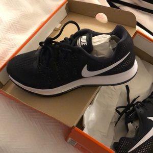 Brand New Nike Air Zoom Pegasus 33